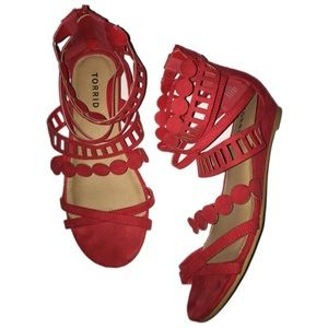 Torrid Red 7.5W strapping Sandals